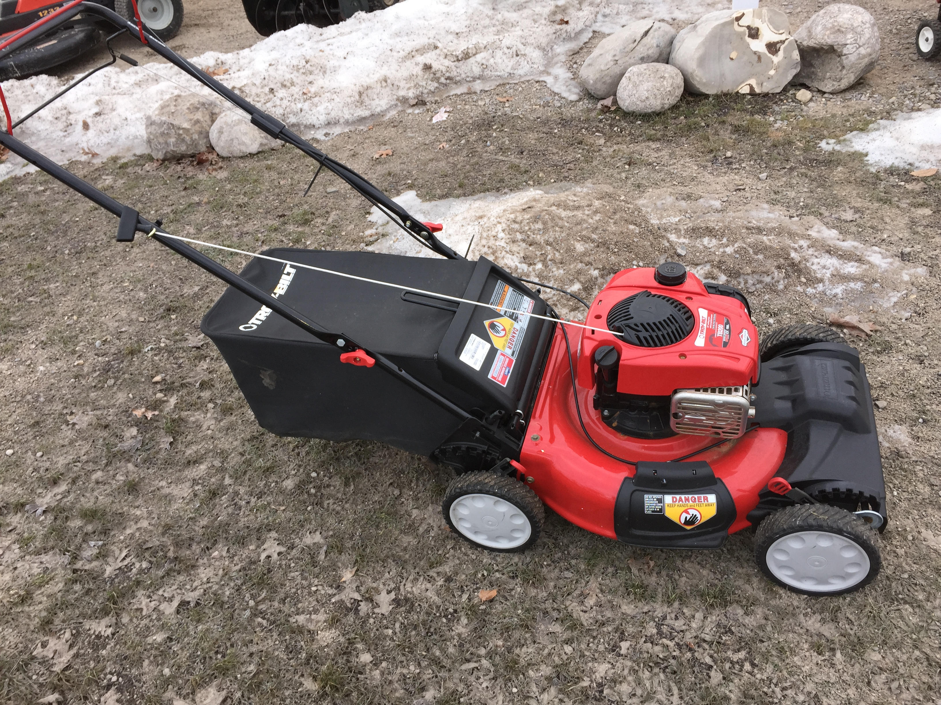 Used equipment for sale hdr small engine repair for Used lawn mower motors