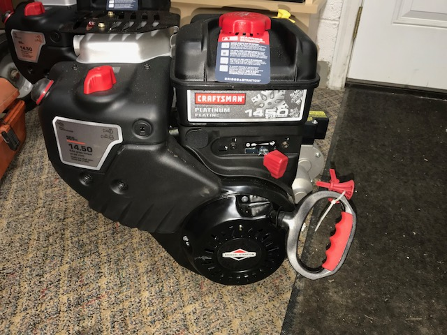 New 9 5hp 20M314-2477 Briggs and Stratton Snow Engine With