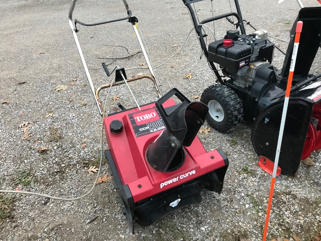 Used Toro Ccr 2000 4 5hp Single Stage Snow Thrower For